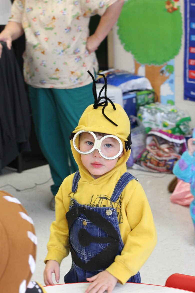 2013 Halloween at School-Minion