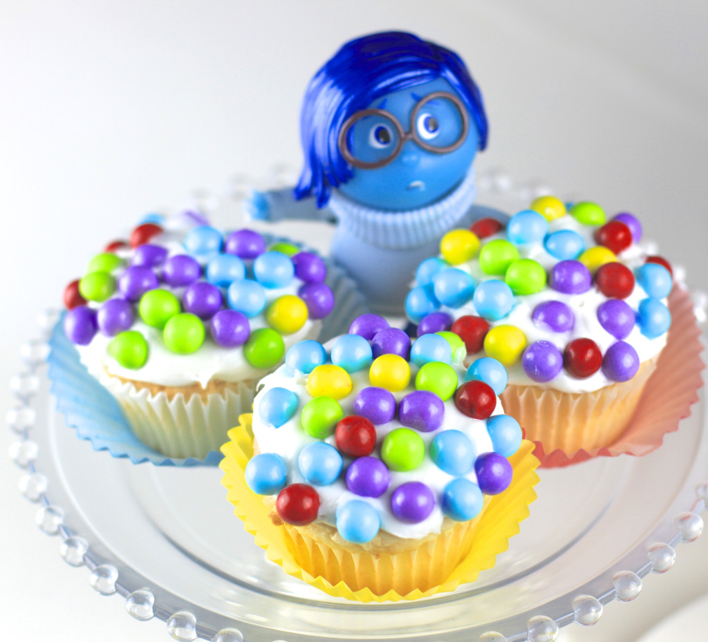 Inside Out Cupcakes A Fandango Gift Card Giveaway A Southern