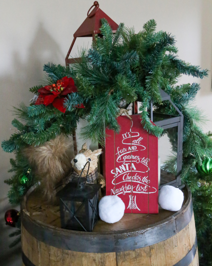 wooden farmhouse christmas signs.
